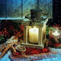 decoración de navidad con nieve