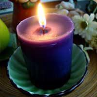 rituales con velas moradas