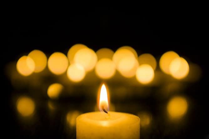 significado de la vela amarilla