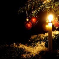 vela con arbol de navidad