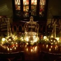 velas blancas decorando la navidad