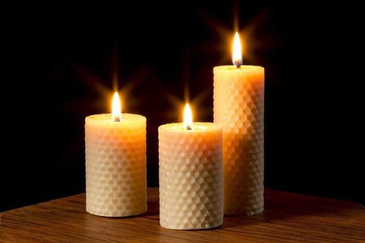 Todo de velas de cera de abeja significado de las velas - Velas de miel ...