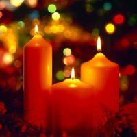 velas de navidad en rojo