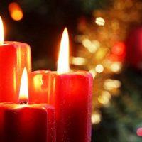 velas de navidad rojas